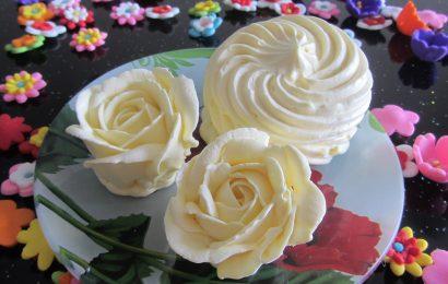 Cách làm kem bơ lòng trắng trứng món ăn đơn giản tại nhà