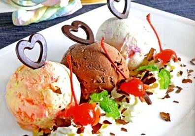 Cách làm kem tươi bằng tay cực ngon và dễ