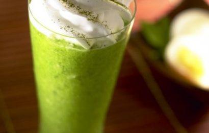 Cách làm matcha kem tươi từ bột trà xanh và sữa béo ngậy