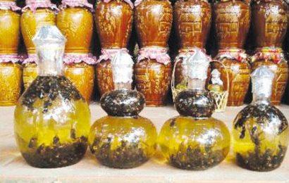 Cách ngâm rượu mật ong đơn giản và bổ dưỡng cho mọi nhà