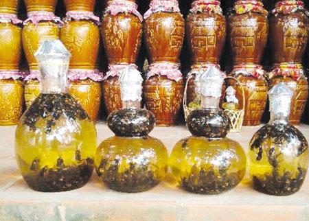 Cách ngâm rượu mật ong 3