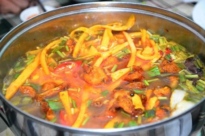 Cá chép nấu măng chua 4