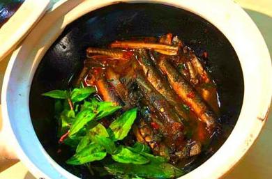 Thử ngay cách kho cá kèo ngon ăn vèo cái là hết cả nồi cơm