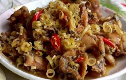 Tìm hiểu cách kho thịt gà với sả ngon đặc sản miền Nam