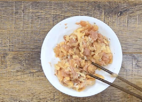 cách làm món thịt gà xào lăn 2