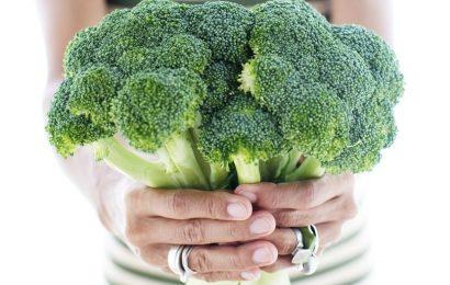 Cùng Em vào bếp tìm hiểu xem ăn súp lơ xanh có tác dụng gì nhé