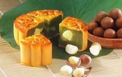 Cách làm bánh trung thu đậu xanh lá dứa thơm lừng