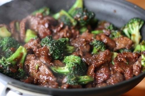 cách làm món thịt bò xào súp lơ 3