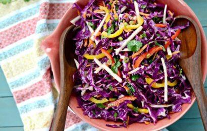 Cách làm salad bắp cải giòn ngon đơn giản cho mùa hè
