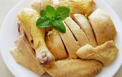 Cùng Em vào bếp giải đáp câu hỏi: gãy xương kiêng ăn thịt gà đúng hay sai ?