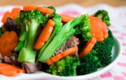Cách nấu món súp lơ xào thịt heo đơn giản mà lại ngon không thể chê