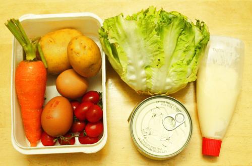 cách làm salad cá ngừ hộp 2