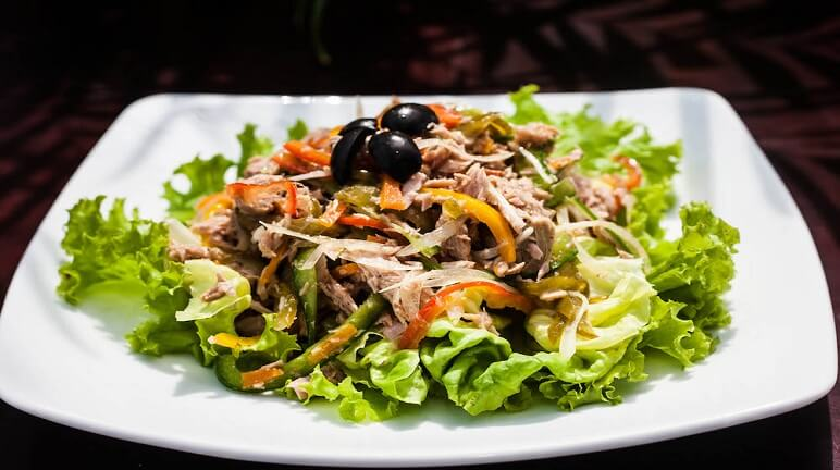 cách làm salad cá ngừ tươi 1