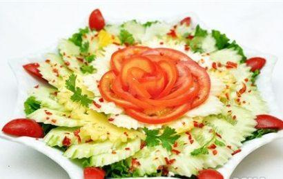 Bật mí cách làm salad dưa chuột cà chua ngon mát lành
