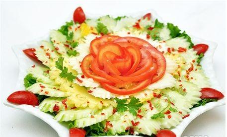 cách làm salad dưa chuột cà chua ngon 3
