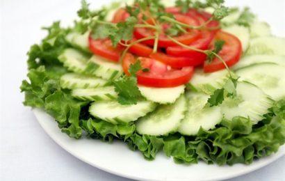 Bật mí cách làm salad dưa chuột xà lách ngon ngất ngây