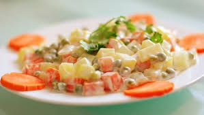 cách làm salad nga rau củ 1