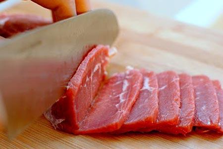 salad thịt bò kiểu thái1