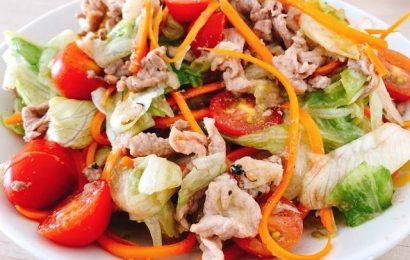 Trổ tài vào bếp với món salad thịt bò trộn dầu giấm