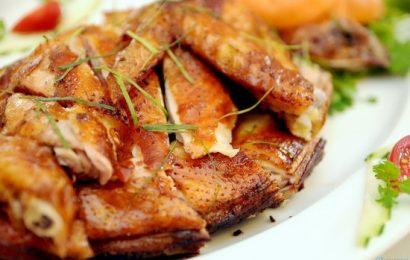 Cách làm gà nướng đất sét cho cả gia đình thưởng thức