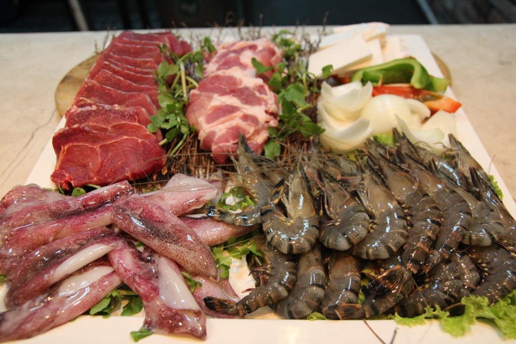 lẩu hải sản gồm những gì