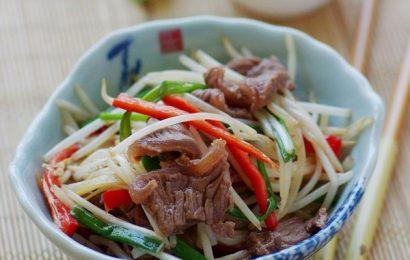 Thịt bò xào giá đỗ bạn thường chế biến theo cách nào?