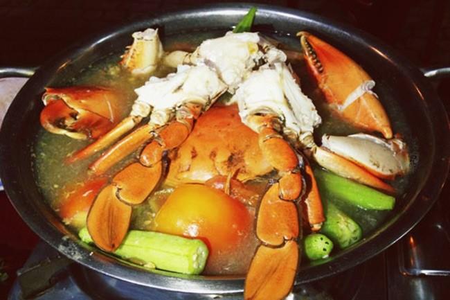 Cách nấu lẩu cua biển chua cay3