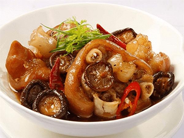 Cách nấu thịt hầm thuốc bắc1