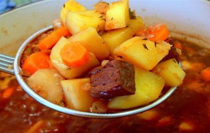 Cách làm món bò hầm khoai tây Hàn Quốc ngon chuẩn vị