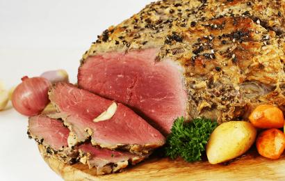 Phát cuồng với món bò nướng tảngthơm lừng