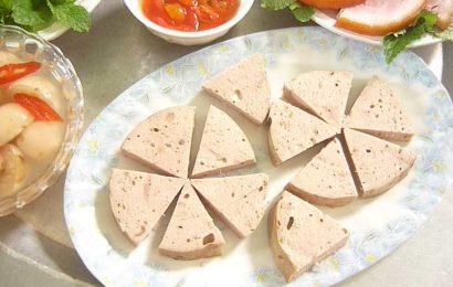 Cách làm chả lụa chay từ bột mì nhiều dinh dưỡng