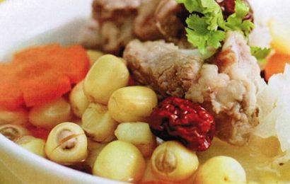 Món ngon cho gia đình với cách làm tim heo hầm hạt sen