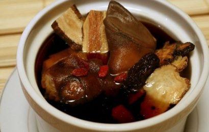 Giới thiệu món chân dê hầm thuốc Bắc đậm đà hương vị