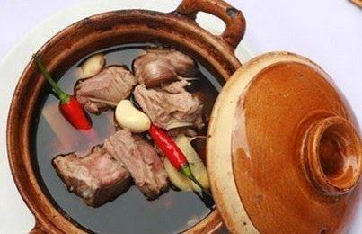 Cách làm sườn heo hầm thuốc Bắc thơm ngon cho bữa cơm gia đình