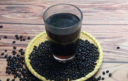 Lấy đậu đen ngâm rượu giảm cân hiệu quả nhất