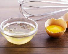 Lòng đỏ trứng gà ngâm rượu có tác dụng gì?