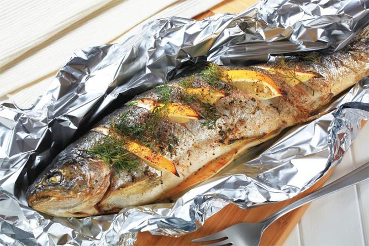 [Thắc mắc] Nướng cá bằng lò vi sóng bao lâu thì chín ngon nhất?