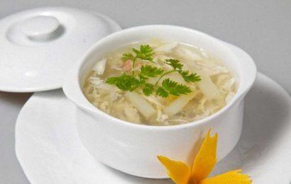 Cách nấu súp măng cua ngon tuyệt vời cho ngày đông không lạnh