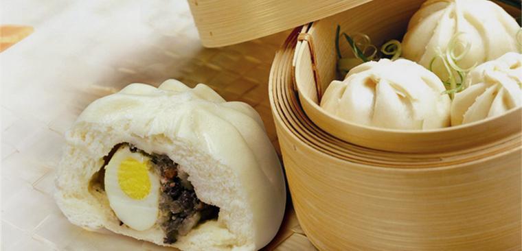 Hướng dẫn cách làm bánh bao nhân thịt trứng kiểu đặc biệt