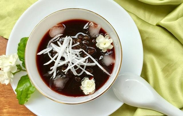 Hướng dẫn cách làm chè bí ngô đậu đen ngon ngọt mát cho mùa hè